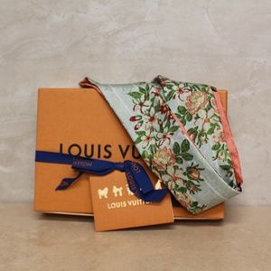 Louis Vuitton Silk Bandeau Scarf NWT (DM207)